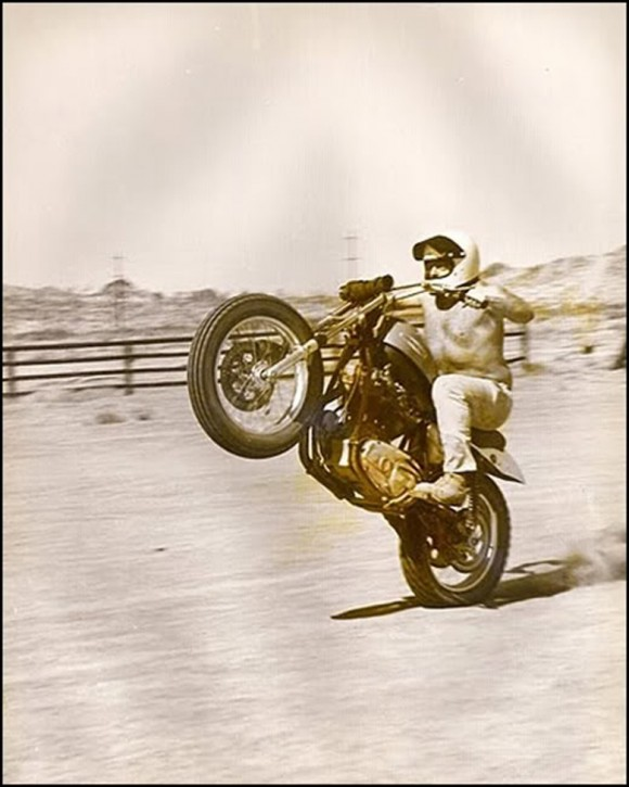 Good_times_come_motorcycles_001