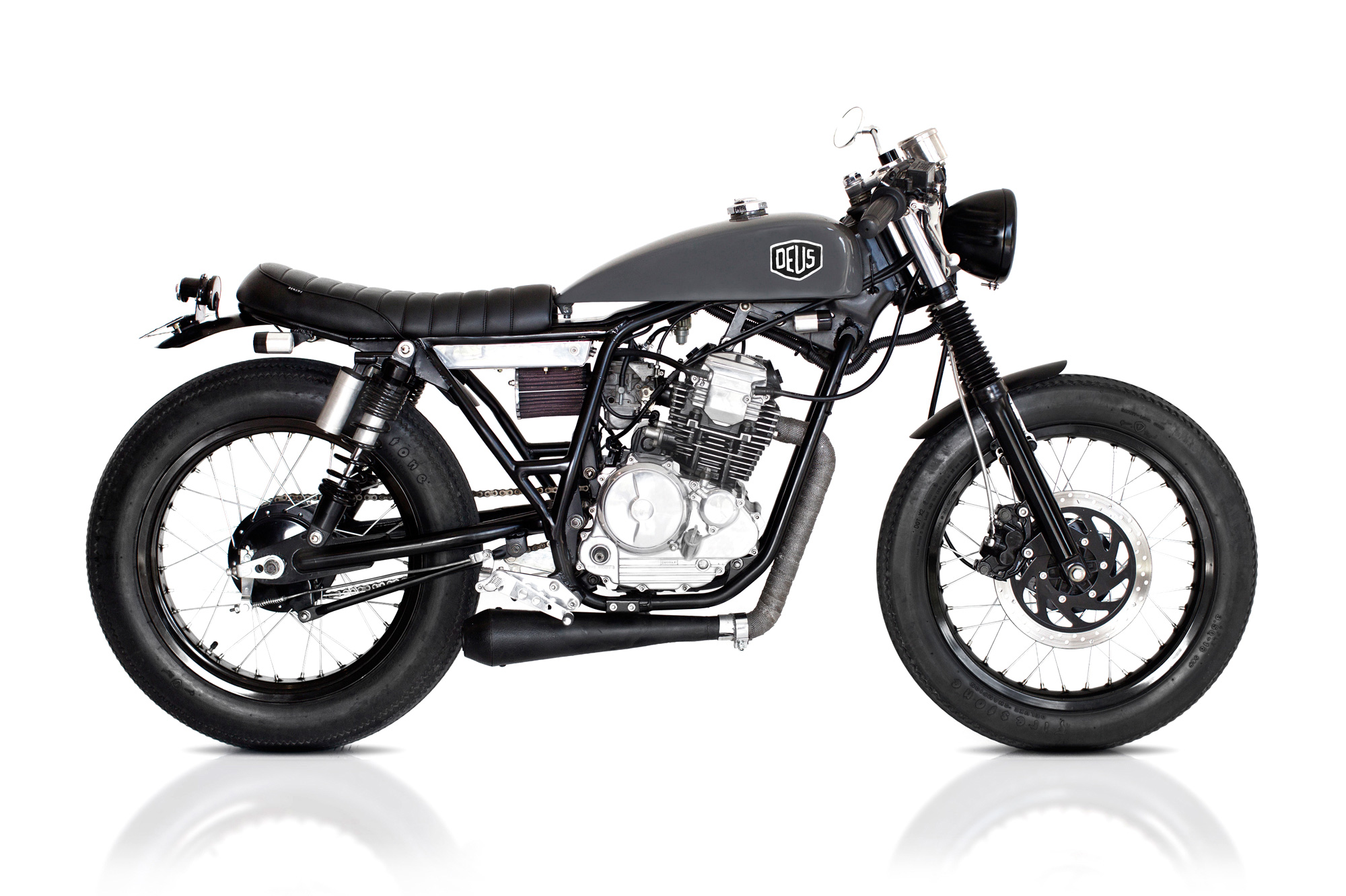cafe scorpio deus ex machina custom motorcycles. Black Bedroom Furniture Sets. Home Design Ideas
