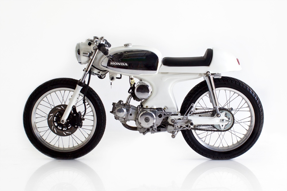 Deus Ex Machina Cafe Racer
